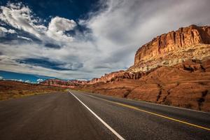 road thrip through the mountains